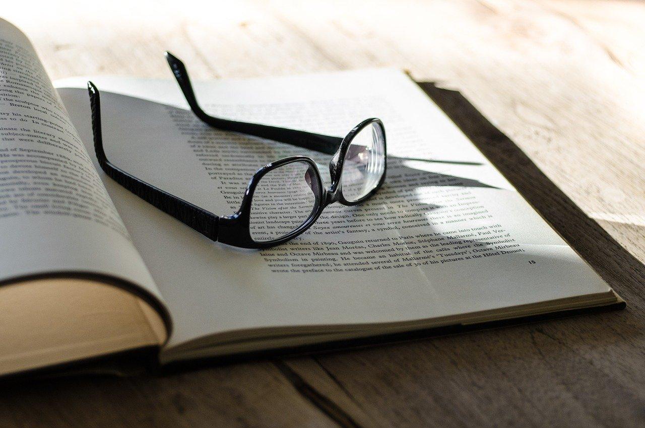 book-1091627_1280